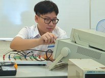 Gặp gương mặt Vàng Khoa học trẻ quốc tế vừa đỗ Thủ khoa trường chuyên KHTN