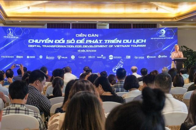 """Du lịch Việt thời Covid-19: Chuyển đổi số để """"thoát đại dịch"""""""