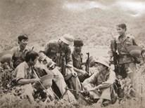 """""""Giã từ vũ khí"""" trên con đường mòn Hồ Chí Minh"""