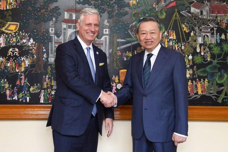 Cố vấn An ninh Quốc gia Hoa Kỳ Robert O'Brien gặp Bộ trưởng Bộ Công an Việt Nam Tô Lâm
