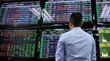 Chứng khoán 19 3 Nhóm dầu khí thanh khoản mạnh trong giá thấp, VN-Index lại mất mốc 1 200 điểm
