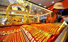 Giá vàng thế giới và trong nước đảo chiều giảm sâu