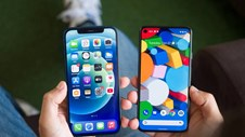 Cứ 4 phút rưỡi, các smartphone Androi và iPhone lại chia sẻ dữ liệu của chúng ta về nhà sản xuất