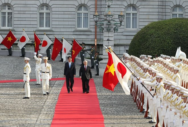 Vietnam, Japan target 60 billion USD in two-way trade by 2020