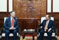 State President Nguyen Xuan Phuc hosts outgoing US Ambassador Daniel Kritenbrink